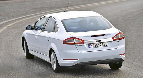 Scoop la ford mondeo restyl e en photo ford grim for Garage ford saval valence