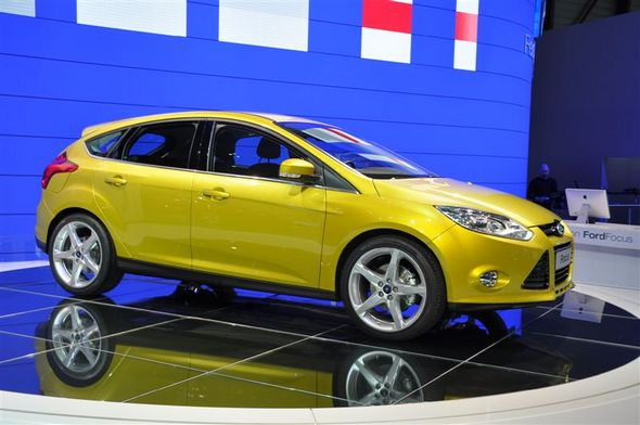 Ford focus 3 la pr sentation gen ve ford grim for Garage ford saval valence