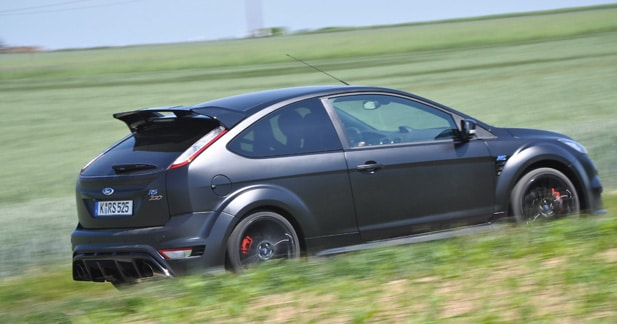 Essai ford focus rs500 l 39 efficacit atteint des sommets for Garage ford saval valence