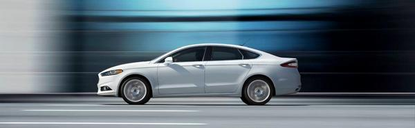 ford-mondeo-2013-11