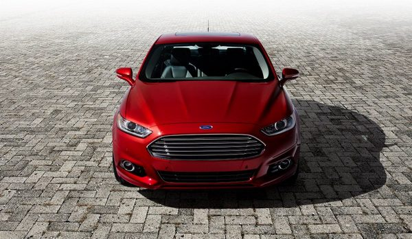 ford-mondeo-2013-12