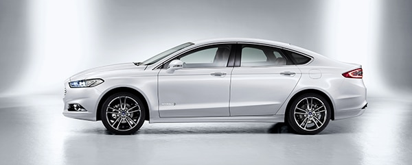 Ford d voile une nouvelle mondeo spectaculaire ford for Garage ford saval valence