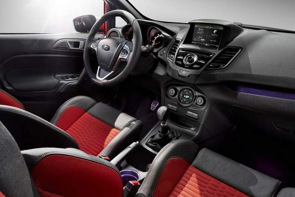 ford fiesta st 2013. Black Bedroom Furniture Sets. Home Design Ideas