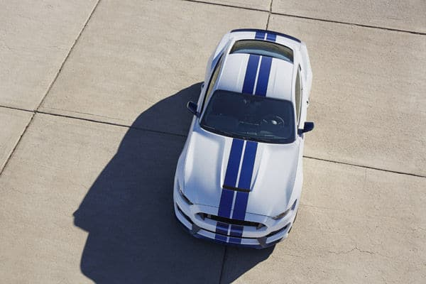 Ford Mustang Shelby GT350- (5)