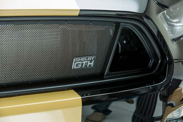 Ford Shelby GT-H  (4)