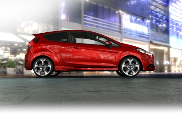 Ford fiesta st con ue pour la route pens e pour le for Garage ford saval valence