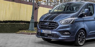 """Ford Transit Custom élu """"Véhicule utilitaire de l'année 2018"""""""