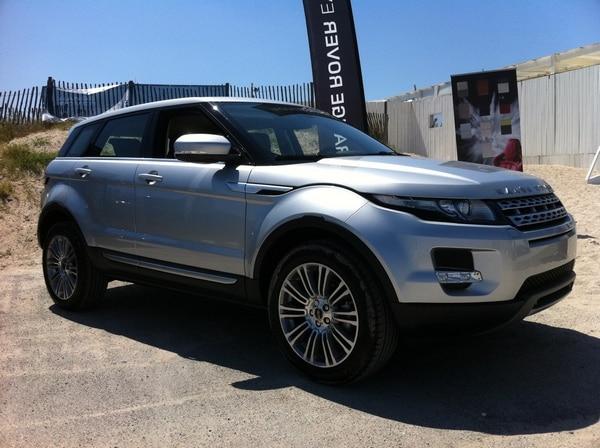 range rover evoque en avant premi re au carr blanc jaguar montpellier land rover. Black Bedroom Furniture Sets. Home Design Ideas