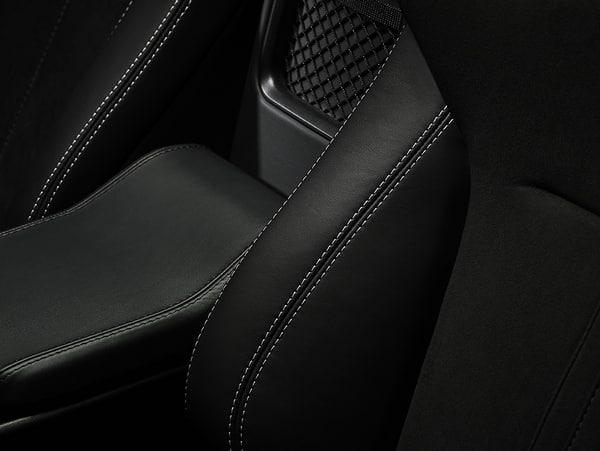 Jaguar F-TYPE  La gamme passe de 6 à 14 modèles (15)