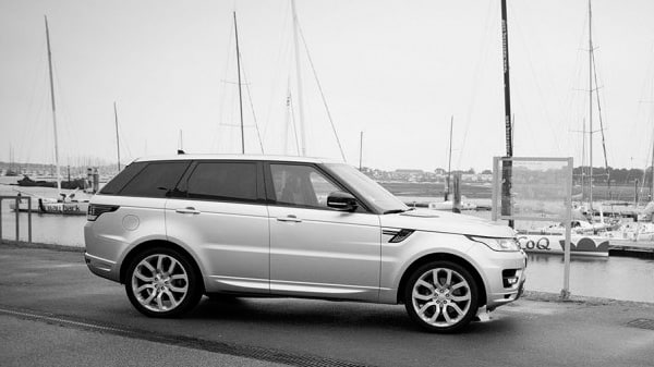 land-rover-armel-le-cleach-vendee-globe-a