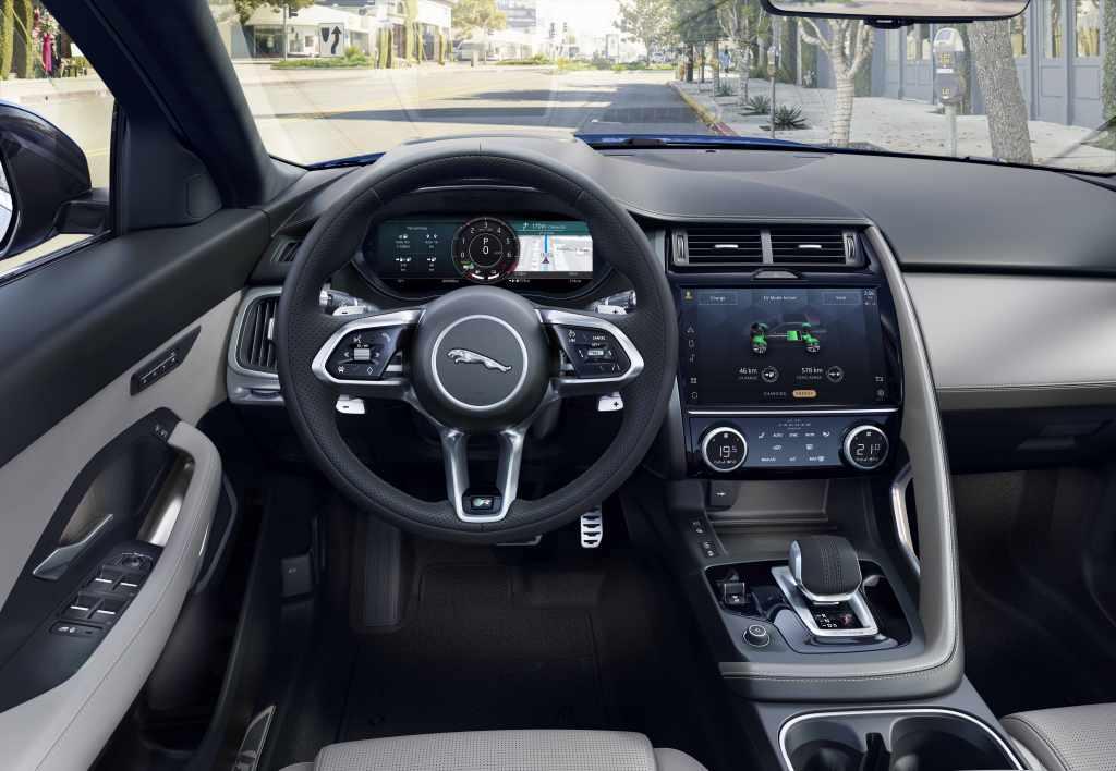 interieur nouvelle jaguar E-PACE