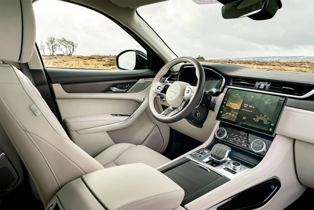 interieur nouvelle Jaguar F-Pace