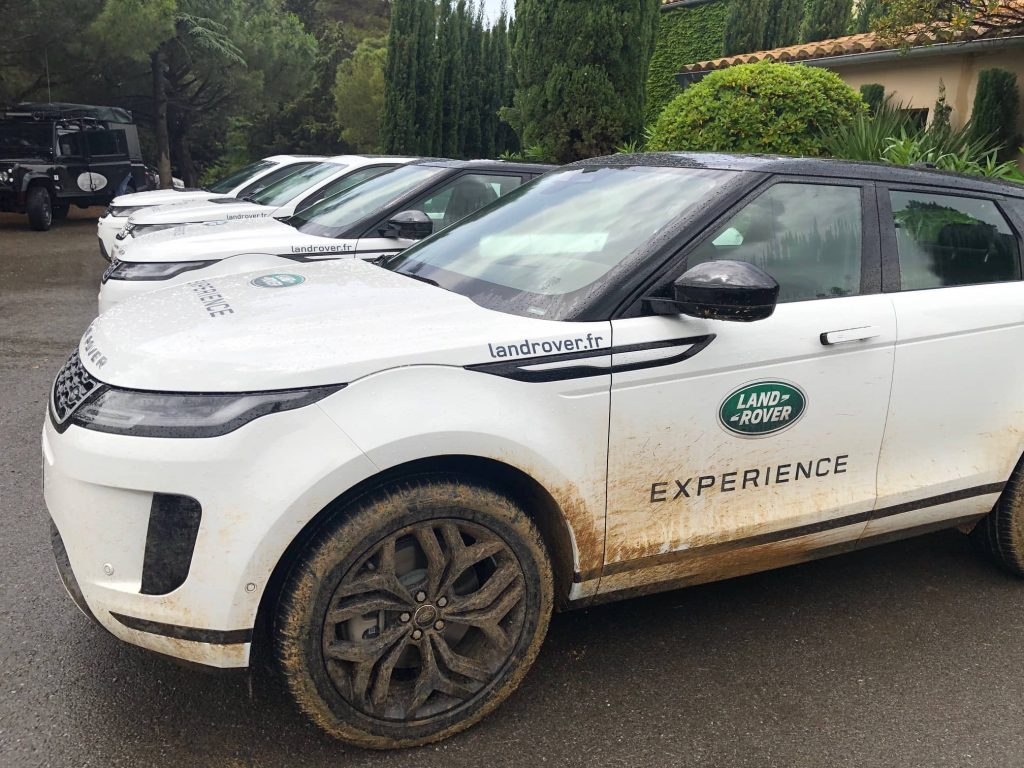 land rover experience vehicules