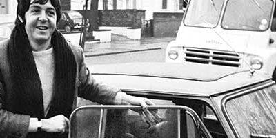60 ans de MINI: une icône automobile sous le feu des projecteurs.